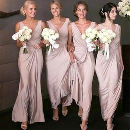 2020 großzügig erröten rosa Meerjungfrau billige lange Brautjungfernkleider V-Ausschnitt geraffte Meerjungfrau Trauzeugin Hochzeit Gast Kleid Party Kleider von Fabrikanten
