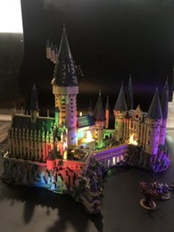 Regalo di harry potter regalo online-Harry Potter Hogwart Castle Set di luci a LED per mattoncini IEGOset 71043 16060 compatibili Mattoni Giocattoli Regali