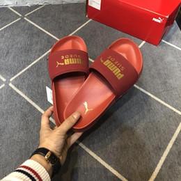 2019 zapatillas unisex zapatos Nueva llegada multicolor zapatillas para hombres y mujeres de calidad superior unisex sandalias de moda al por mayor verano zapatos de playa de diapositivas rebajas zapatillas unisex zapatos