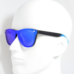 2019 Fashion Occhiali da sole 9374 Luxury Flat Top Cat-Eye Occhiali da sole Elegant Oculos De Sol Uomini Driving Eyewear UV400 oversize da