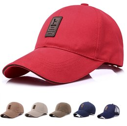 2019 chapeaux beige casquettes de designer casquettes hommes femmes Snapback Cap pour hommes casquette de baseball golf casquette chapeau casquette de baseball cappelli firmati drop shipping promotion chapeaux beige