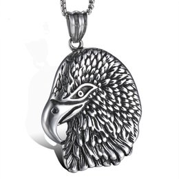 Ciondolo falco in acciaio inox online-Ciondolo in acciaio inossidabile di Lujoyce Eagle Head Pendant Hiphop Hawk con accessorio Drop Drop accessorio vintage