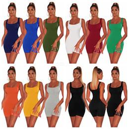 2019 46 short suit Femmes Sloid Tnak Bodycon Jumpsuit Sexy Barboteuse Body Pantalon Court Sans Manche Gilet Sportif Costume Maigre Carré Col Combishorts LJJA2524 promotion 46 short suit