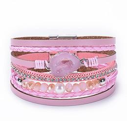 diseño de brazaletes de imitación Rebajas Pulsera de cuero de cristal natural de piedra Nuevo diseño de múltiples capas Wrap Boho brazalete brazaletes con perlas de imitación para las mujeres