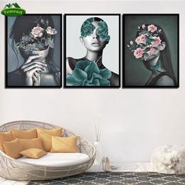 2020 портреты в спальне Холст Живописи Печать HD изображение Poster Розовые цветы Портрет женщина Nordic Wall Art Гостиная Спальня Прикроватная Home Decor дешево портреты в спальне
