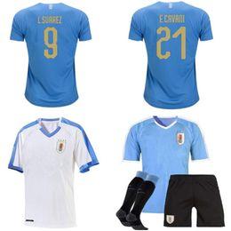 уругвай в гостях джерси Скидка Man kit 2019 20 URUGUAY футболка Джерси SUAREZ Футболка D.GODIN E.CAVANI URUGUAY футболка для мальчиков Голубой комплект дома Уругвай