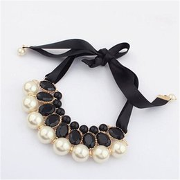2020 fille portant un collier Filles de mode faux perles colliers douce dame fille perle rose ruban Chunky col détail enfants de noce porter K263 promotion fille portant un collier