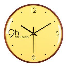 большие желтые часы Скидка 12 Дюймов Nordic Простой Немой Настенные Часы Ретро Большой Тип Письма Fashional Желтый Изогнутый Деревянный Каркас Висит Часы Настенные Home Decor