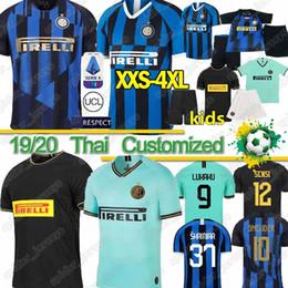 kit de niños inter milan Rebajas Tailandesa Inter Milán 2019 2020 jerseys de fútbol Lukaku LAUTARO SKRINIAR GODIN SENSI ALEXIS SENSI Barella fútbol Jersey kit camisas libera a los hombres para niños