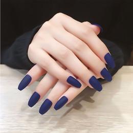 Nail art designs bleu blanc en Ligne-24pcs / Set Cercueil Européen Faux Ongles Bleu Blanc Rouge Pré-conçu Couverture Complète Faux Ongles Doigt Beauté Ballerine Nail Art Outils