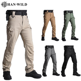 Baumwoll-wanderhose online-IX7 Cotton Spandex Made Elastic Combat Pants Outdoors Hiking Pants Men Cargo Trousers Tactical Style Casual Pants
