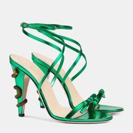 Neueste Sommer Mädchen Sweety Traum Sandalen Frau High Heel Schlangenverzierung Abend Party Pumps Hochzeit Kleid Schuhe New T Show High Heel Schuhe von Fabrikanten
