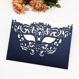 invitaciones de máscara Rebajas 30 unids / lote Tarjetas de Invitación de Boda Máscara Patrón Sobre Tarjetas de Invitación de Matrimonio Ceremonia de Graduación Regalos Tarjetas Suministros