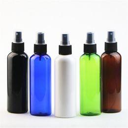 Fai bottiglia spray online-200ml rotonda spalla PET Spray bottiglia di plastica di profumo bottiglia dello spruzzo nebbia sottile Bottiglie Make-up vengono imbottigliati separatamente EEA1208