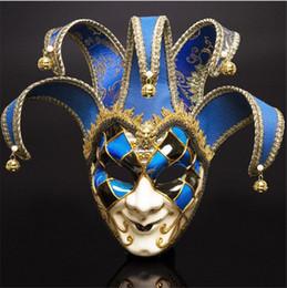 Traje cheio de palhaço on-line-Homens de rosto cheio de teatro veneziano Jester Joker Masquerade máscara com sinos Mardi Gras partido bola Halloween Cosplay máscara de traje