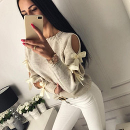 Camisola de costela on-line-Mulheres camisola de malha oco Out bowknot Rodada Long Neck Sleeve Pull Femme Hiver nervuras Casual Jumper capuz roupas de inverno