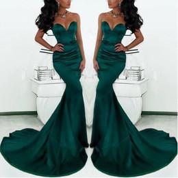 Splendida Sweetheart lungo verde smeraldo sirena abiti da sera 2018 raso a coda di pesce occasione speciale abiti da ballo per le donne supplier emerald green mermaid dresses da abiti da sera verde smeraldo fornitori