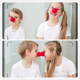Costume da pagliaccio rosso online-Eco-Friendly Fun 50pcs Red Nose Schiuma Circo Clown Nose Comic Articoli per feste accessori del costume di Halloween del partito del vestito magico