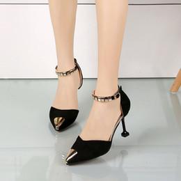 sandalias de tacón coreano Rebajas Versión coreana de la primavera 2019 nuevo gato con zapatos huecos puntiagudos con una hebilla tacones altos estilete sandalias baotou f