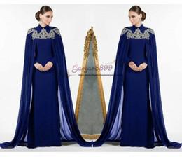 Vestito chiffon dal dubai di gioiello online-2019 Abiti da sera blu royal marocchini Dubai Arabo musulmano chiffon mantello lungo Incredibile gioiello di pizzo dorato Collo Abiti lunghi Abiti da cerimonia