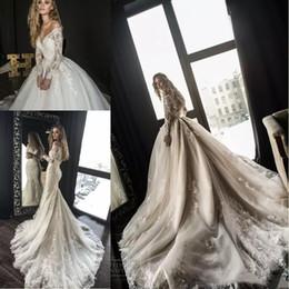 2019 vestidos de noiva de designer árabe 2019 Lindo Designer de Sereia Vestidos de Noiva com Trem Destacável Árabe Dubai Fora do Ombro Mangas Compridas Rendas Vestidos De Noiva Do Casamento vestidos de noiva de designer árabe barato