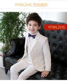 Kinder orange weste online-Hübsche zwei Knöpfe Notch Revers Kid Komplette Designer Hübscher Junge Hochzeitsanzug Jungenkleidung Nach Maß (Jacke + Hose + Krawatte + Weste) A29