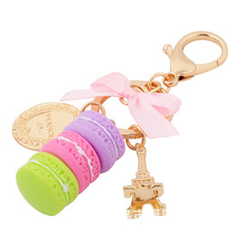 llavero macarons Rebajas Mujeres Macarons Cake Llavero Moda Cute French Pastries Llavero Bolsa Charm Metal Colgante Llavero para coche Wedding Party Gift DBC VT0827