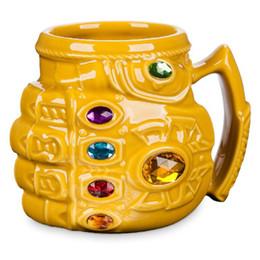capacidade da caneca de café Desconto Marvel Thanos Luvas Punho Canecas de Café Dos Desenhos Animados Copos e Canecas de grande capacidade Drinkware para crianças melhor presente