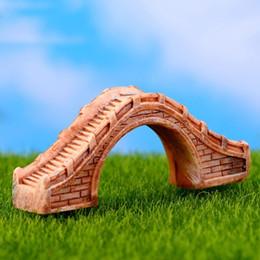 2019 ponte de jardim em miniatura Jardim feericamente Miniatures DIY Terrário Suculentas Decoração Paisagem resina Ponte Figurines Mini Resina Artesanato Miniaturas Micro desconto ponte de jardim em miniatura