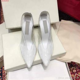 2019 transparente frauen volles kleid Mode neue Frauen Kleid High Heels Schuhe transparent Material mit Perlen voller Persönlichkeit sexy mit Staubbeutel rabatt transparente frauen volles kleid