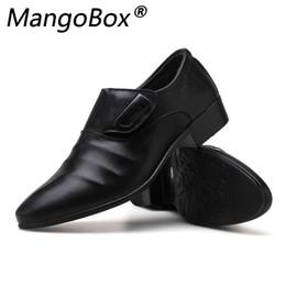 Confortável oxfords mens vestido sapatos on-line-Artesanal de couro Mens Loafers Dress Shoes Slip-on Shoes Preto Oxford para homens Flats Moda respirável confortável Zapatos Hombre