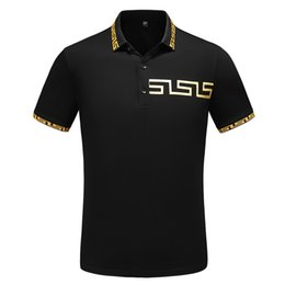 ropa de polo Rebajas 2019 Nueva Medusa Camisa polo Manga casual Moda masculina Camisa polos Ropa Camisas cortas Italia Diseñador polos impresión camiseta ocasional