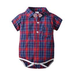2019 mameluco infantil de la pajarita 2019 bebé recién nacido diseñador de ropa pajarita bebé mameluco bebé niño ropa Infant Jumpsuit Recién nacido mameluco de los niños One Piece Ropa A3138 mameluco infantil de la pajarita baratos