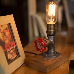 2019 extensor e27 Steam punk Loft Óxido de hierro industrial Tubería de agua Retro Lámpara de madera Base Luz de noche Vintage E27 Lámpara de mesa LED para sala de estar bar de dormitorio
