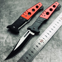Nuevas herramientas para exteriores Cuchillo plegable táctico gris titanio mango caza caza supervivencia cuchillo de bolsillo para deportes al aire libre mejor regalo EDC desde fabricantes