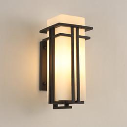 aplique de parede em metal Desconto Lâmpada de parede ao ar livre preto, Metal + Vidro sombra jardim lâmpada luzes de parede exterior, post antigo balcão varanda arandelas de parede iluminação