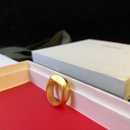 Noche de anillo online-Nueva llegada Material de latón de calidad superior anillo simple en EE. UU. Tamaño 6-8 # mujer boda club nocturno regalo de regalo partido envío PS6490