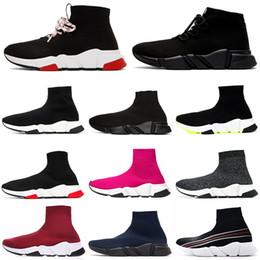 Scarpe da scarpe glitter donna online-Novità Stilista di moda Stivale di lusso per donna uomo Speed Trainer Red Triple Nero Flat running shoes Calzino Boot uomo Scarpa sneaker spedizione gratuita