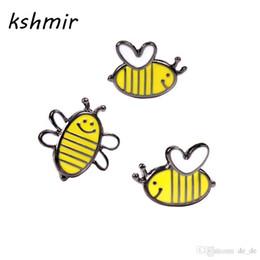 großhandel bienenschmuck Rabatt Großhandel-kshmir Tropfen Glasur Biene süß Das Mädchen Set Tropfnadeln Abzeichen Dekoration Zubehör