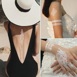 Desenhos de laço de tatuagens on-line-14.8 * 21 cm Designs Árabe Indiano Laço Flash Tribal Branco Tatuagem Pasta Tatoo Falso Adesivo Meninas No Corpo Mão Gargantilha