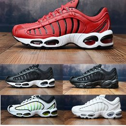 low priced b47ff 7e757 Nike Air Max Tailwind IV Nouvel Air Tailwind IV MV blanc chaussures de  course pour hommes formateur vert formateurs Tailwind IV Sneakers chaussures