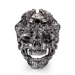 Atacado Legal Aço Inoxidável Negro Esqueleto Acessórios Do Punk Anéis Personalidade Crânio Rei Masculino Anéis Para Homens Jóias 7C1127 de Fornecedores de gemstone, boêmio, anéis