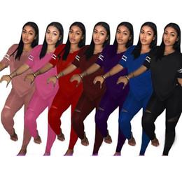 Aşk Pembe Kadın Eşofman T Gömlek Tops + Pantolon Pantolon 2 ADET Set PEMBE Mektup Kıyafet Rahat Tişörtleri Spor Giyim Suit nereden