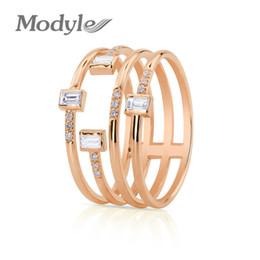 annata anello zaffiro nero Sconti Anello donna a quattro linee di personalità Modyle 2018, 3 anelli di zircone color rame per donna