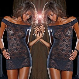 Indumenti da notte donna xxl online-Le donne in pizzo con spalle scoperte See Anche se Dress G-string biancheria da notte Trasparenza intimo Picardies Intimo Sleepwear Pajamas Biancheria intima