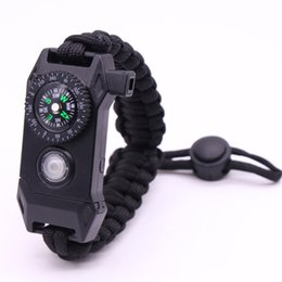 Наручные браслеты онлайн-Открытый браслет выживания Survie SOS LED Nightlight Плетеный Paracord Отдых на природе Многофункциональный компас свисток браслет набор инструментов