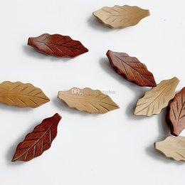 Canada La forme des feuilles en bois Chopsticks rack thé Scoops Cuiller Holder Accueil Hôtel Restaurant Cuisine Fournitures 5.5 * 2.5cm gratuite DHL WX9-947 Offre