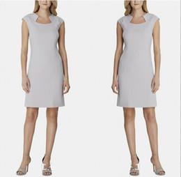 2019 элегантные платья Элегантный дизайн шеи серый мать платья длиной до колен короткие мать невесты Платья увенчанный женщин вечернее платье дешево элегантные платья