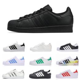 e0e8575e16e 2019 flat adidas adidas Superstar Venda barato Superstar Mulheres Homens  Running Shoes Holograma Branco Iridescente Junior