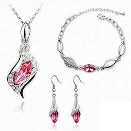 2019 venta al por mayor de joyería de tanzanita 5 Ajuste elegante de lujo del pendiente de cristal de diseño nuevo de la manera collar de la pulsera de tres piezas de joyería de regalo de las mujeres